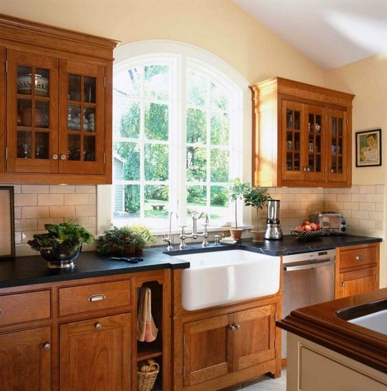 Incredible Kitchen Backsplash Ideas With Oak Cabinets